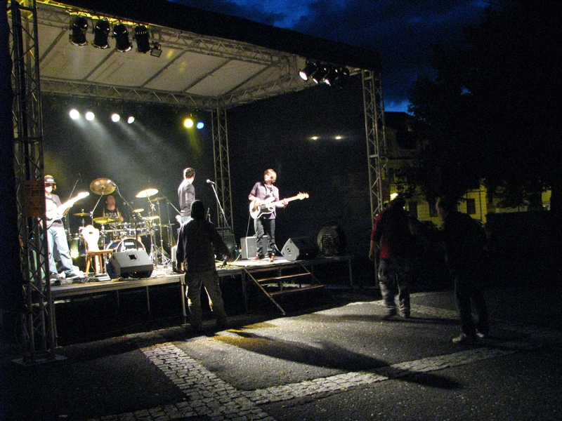 Music on the Square 2011: The Bladderstones a Enola´s Day