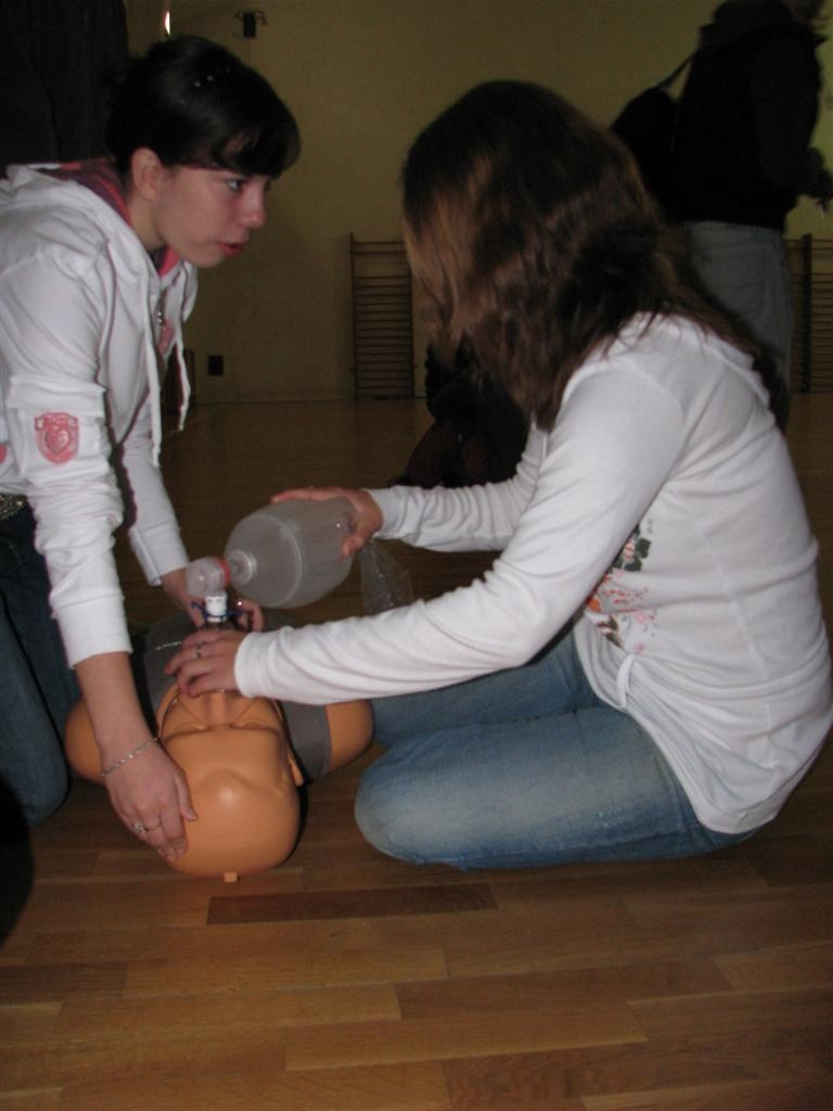 2008-09-15_first-aid-for-all004