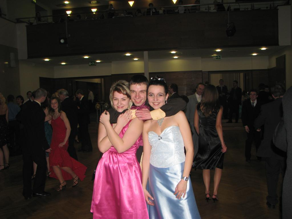 2009-02-2009_maturitni-ples004