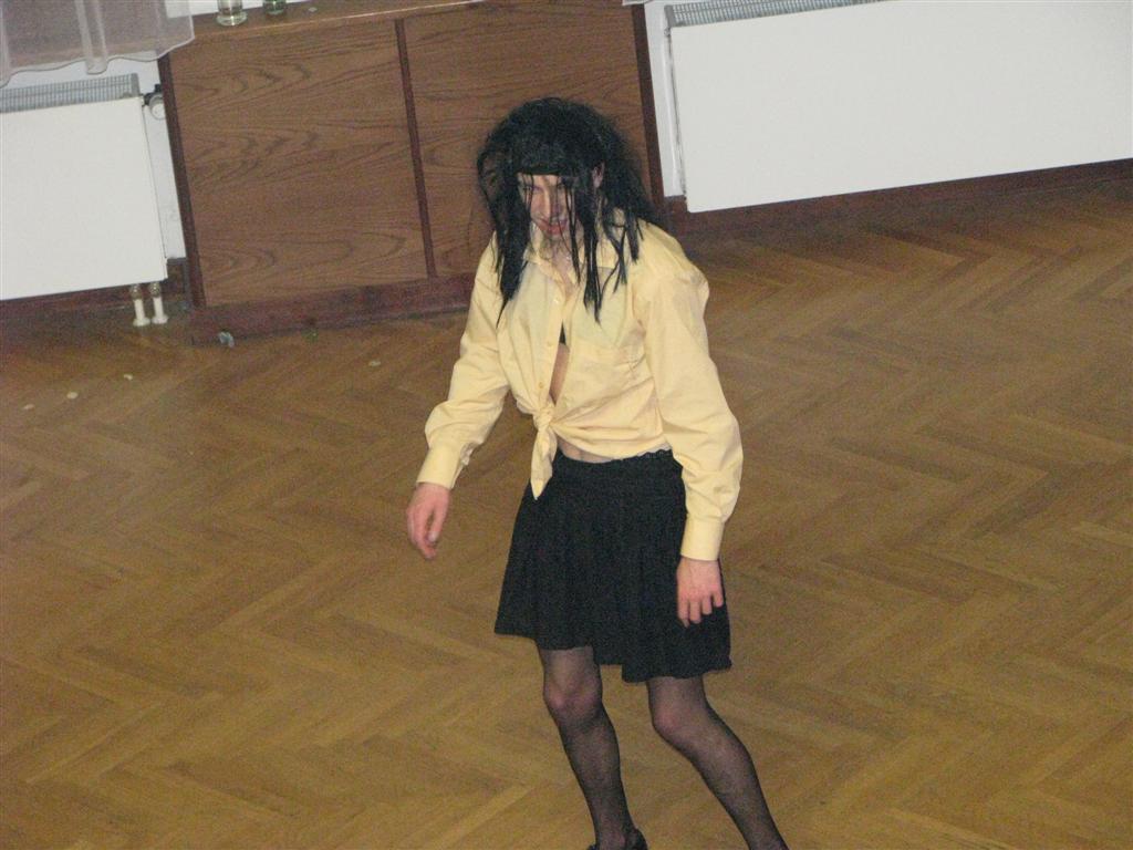 2009-02-2009_maturitni-ples009
